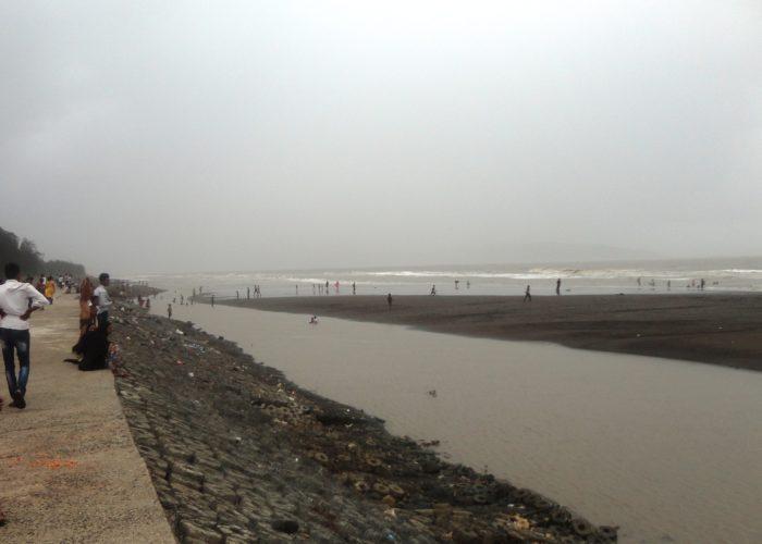 Suruchi-Beach2