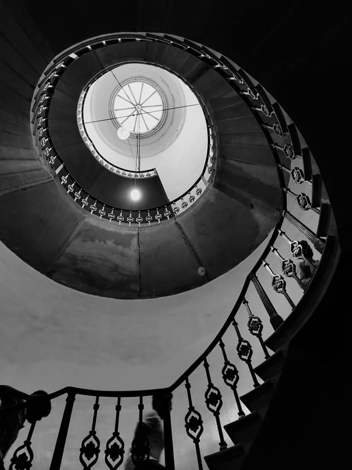 Inside Victoria Memorial stairs