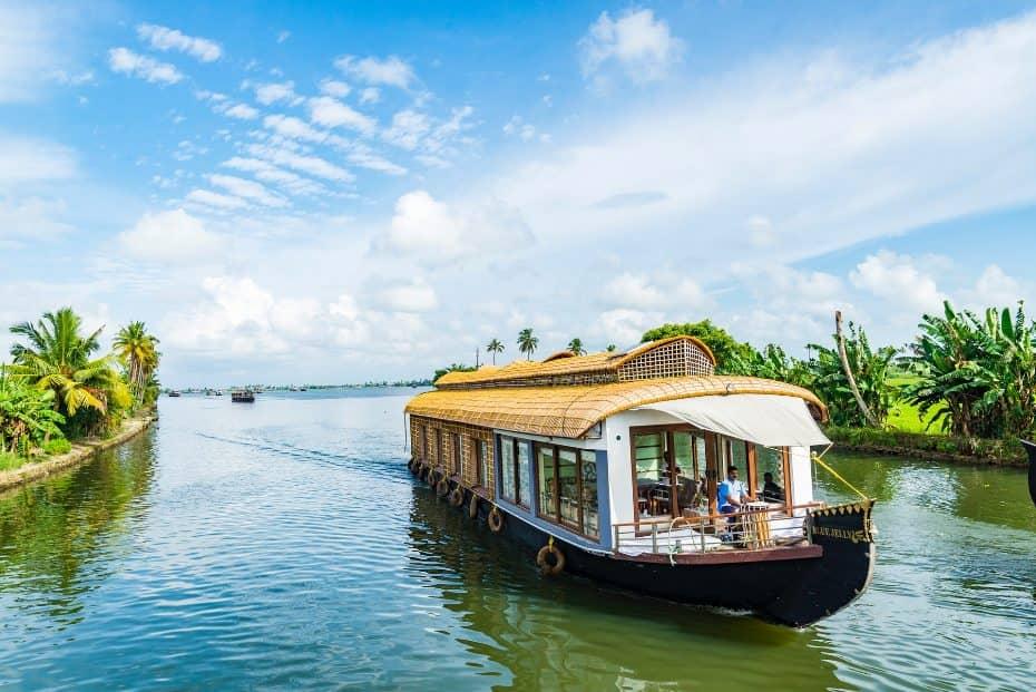Kerala Houseboat review