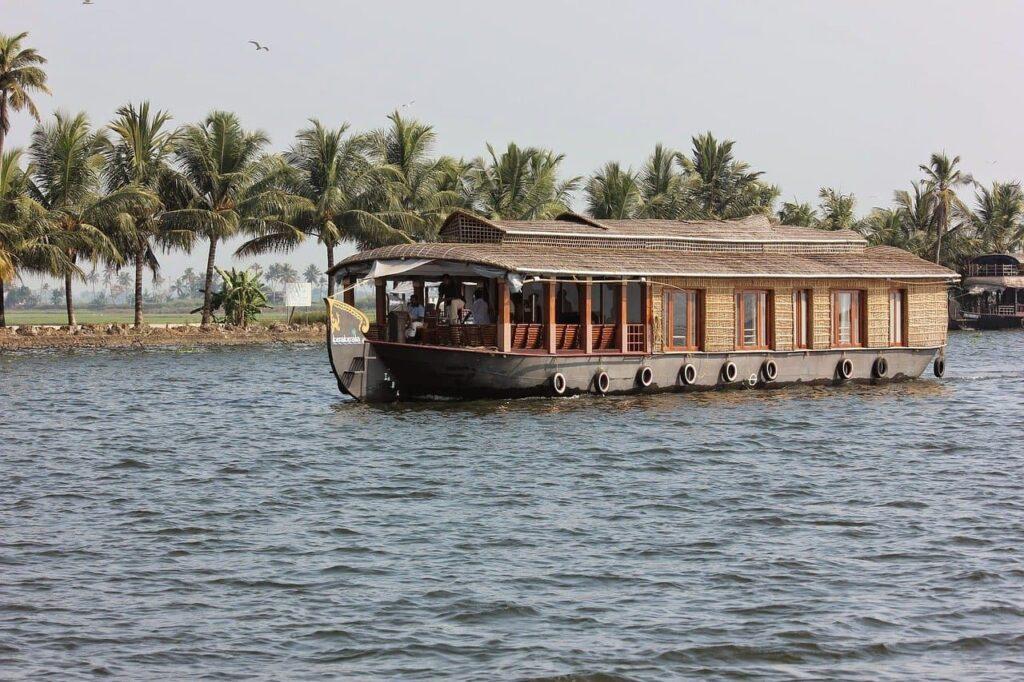Kerala house boat experience